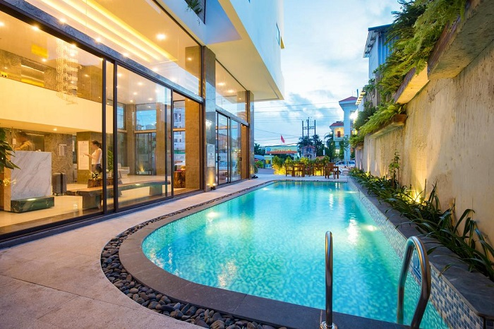 Đi Phú Quốc nên ở khách sạn nào 2019