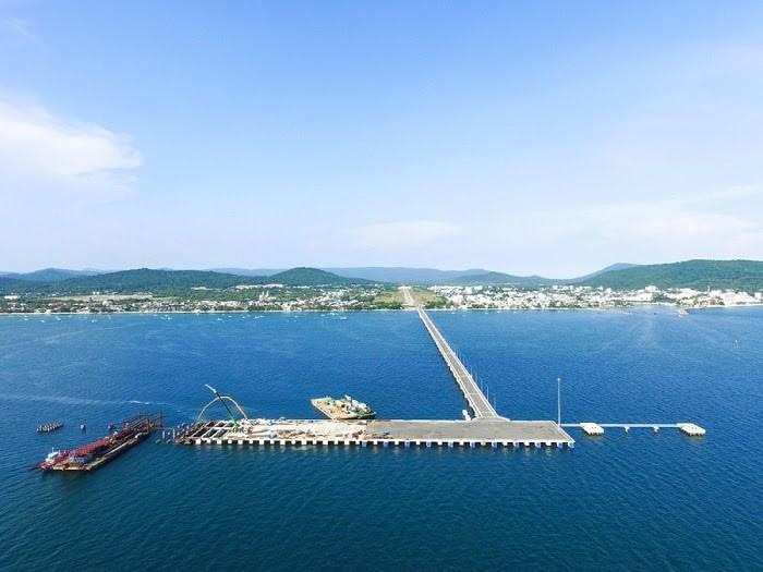 Cảng có sức chứa 6000 hành khách